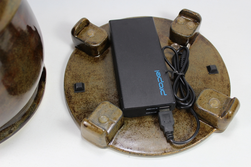 pet fountain with battery underneath