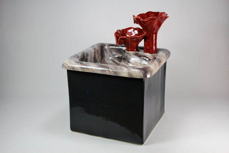 Square pet fountain with flower cascade spout and auto refill system